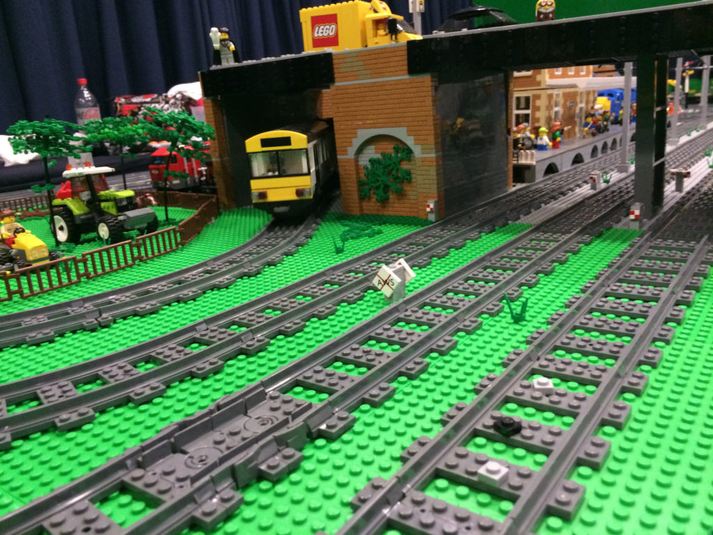 LEGO Pacer train custom model at Bricktastic 2016 LEGO show
