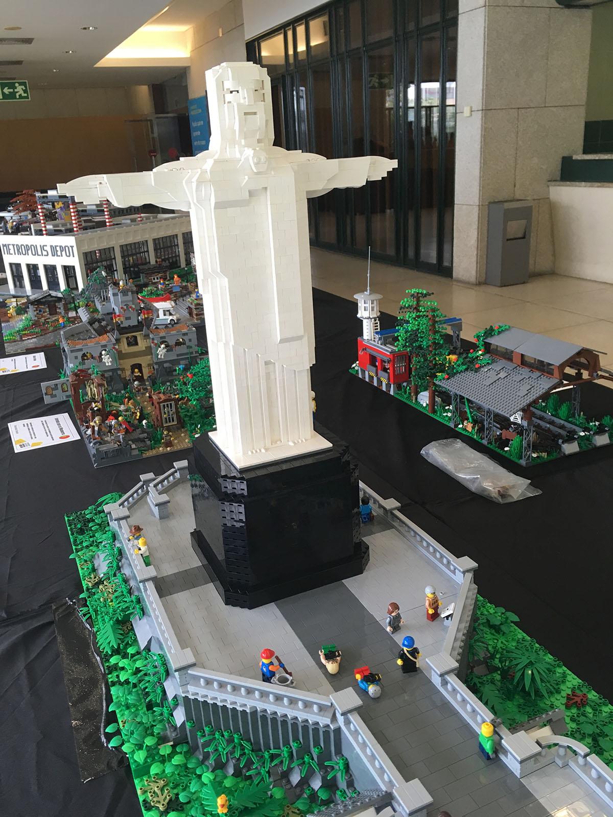 Christ The Redeemer LEGO model