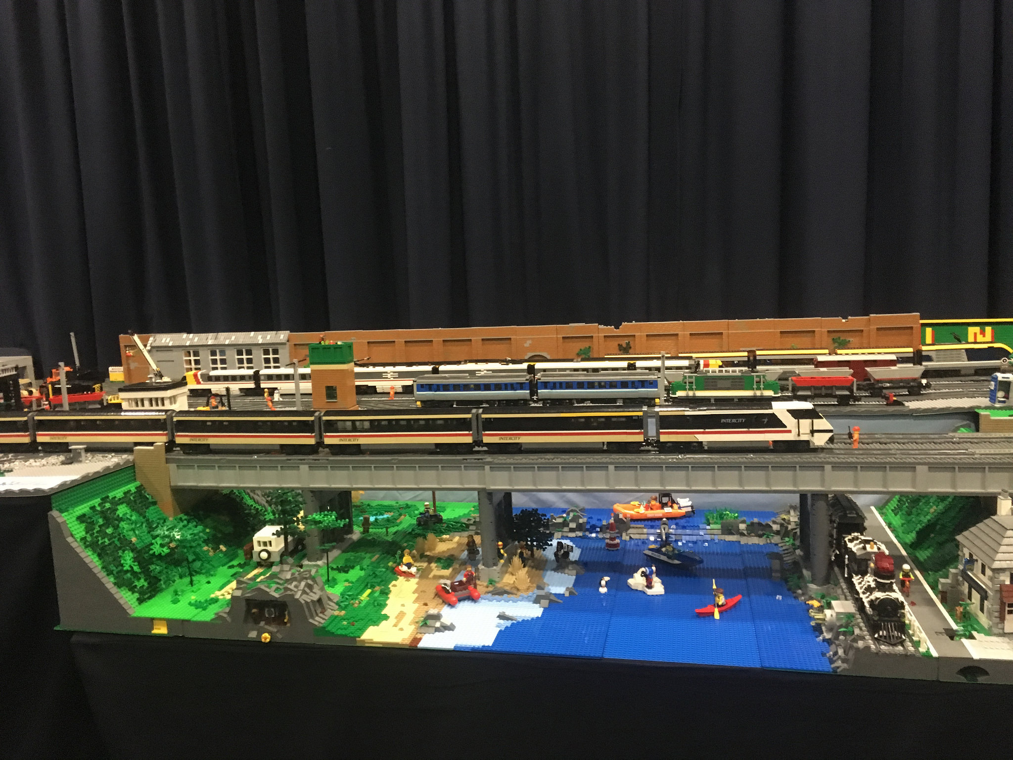 LEGO railway bridge and valley by Bricks McGee