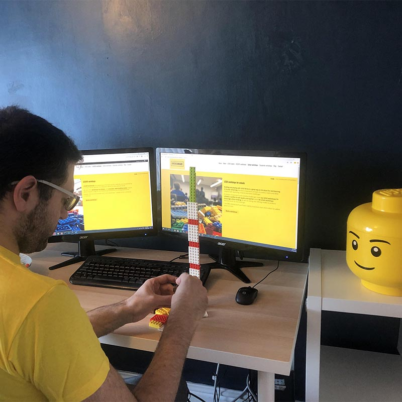 Virtual LEGO workshops with Bricks McGee