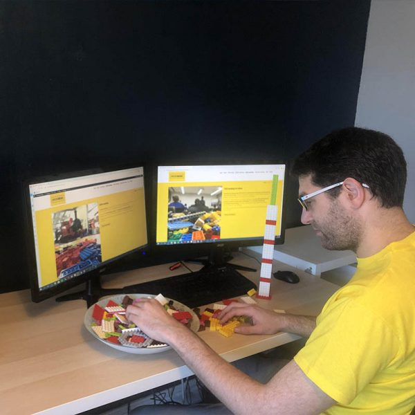 Online LEGO workshops for schools and museums