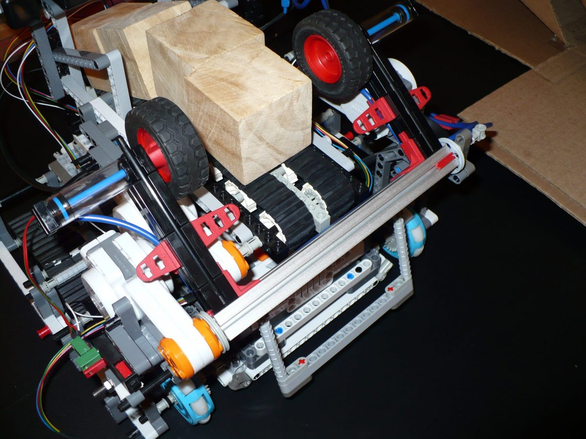 LEGO robot built by Jorge, an adult LEGO fan in South America