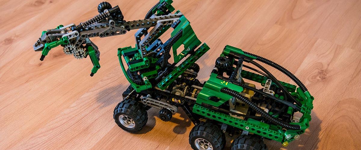 LEGO fan interview - Bricks Easy - LEGO Technic set